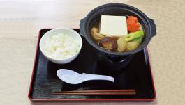 ヒトフタちゃんと食べる特製ナナスタ鍋