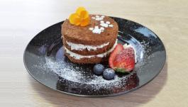 朱雀のオトコ一貫 ネイキッドケーキ