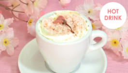 さくらと桜の花咲くカプチーノ
